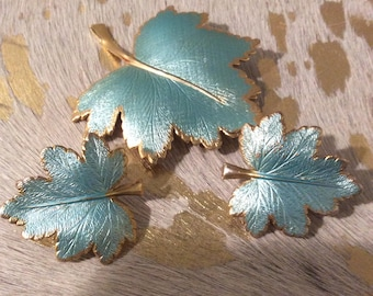 Vintage Giovanni Brooch And Clip Earrings Set Gold Tone Turquoise Leaf Design Signed