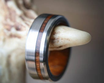 "The ""Vertigo"" - Men's Wedding Band with Wood Lining and Wood Inlay - Staghead Designs"