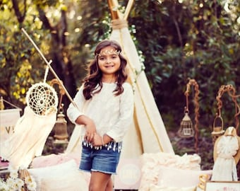 Lace, flowers, dreamcatcher, photo shoot, baby girls room, nursery, boho chic, teepee, whimsical, prop, photography, posh pax designs, sunny