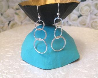 Les cadeaux emballés en argent sterling boucles d'oreilles cercles bagues boucles d'oreilles légères ami moderne boucles d'oreilles argent cadeau de moins de 30 ans