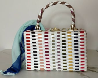 Vintage woven purse with handles / Ribbon accented woven purse / vintage handbag / made in Hong Kong