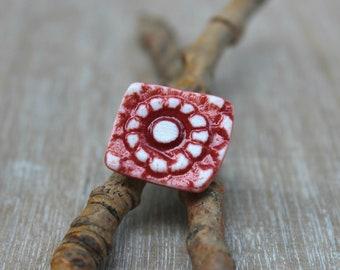 Bague rouge romantique, bague fleur rouge, cadeau bague féminine, bague ajustable, bague boho, bague bohème, bague céramique, cadeau mère,