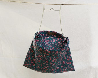 Vintage Style Clothespin Bag