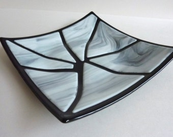 Fused Glass Art Plate in Black and White by BPRDesigns