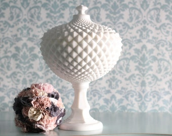 Wedding Centerpiece for Vintage Weddings / Milk Glass Compote Candy Dish / Wedding Pedestal / Wedding Decoration Wedding Decor
