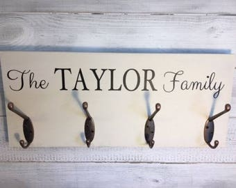 Personalised Family Wooden Plaque with 4 Coat Hooks - Coat hook