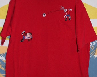 Vintage Looney Tunes Soccer Tshirt with embroidered Bugs and taz!