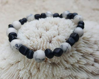 White howlite and black jasper stretch bracelet