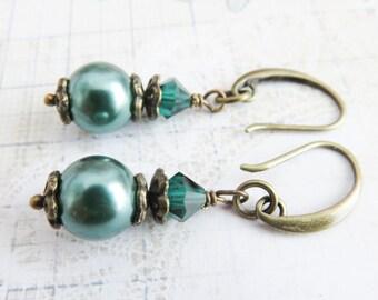 Teal pearl earrings, bridesmaid crystal earrings, vintage style wedding jewelry, bridesmaid gift, teal bridal jewelry