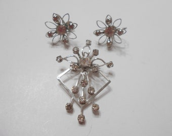 Gorgeous Bugbee And Niles Rhinestone Demi Parure (0296) Brooch & Screwback Earrings