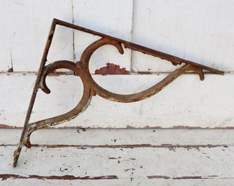 Vintage Cast Iron Shelf Bracket Scroll Design White Chippy Paint Shabby Rusty Patina Metal Shelf Support Salvage Upcycle Repurpose