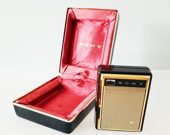 1960 SONY TR-730 Portable Transistor Radio, With Storage Gift Box