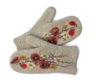 Felted mittens Merino Wool Sand Flowers
