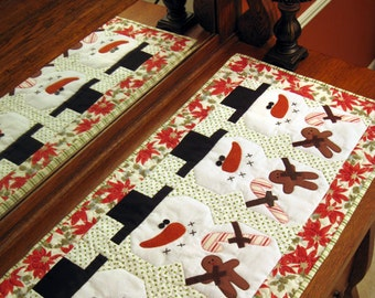 Be Merry! PDF Christmas Table Runner Pattern