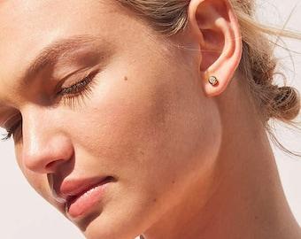 Bezel Stone Stud Earrings - 3054