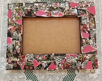 """Pretty Mosaic Assemblage Picture Frame 6"""" x 8"""""""