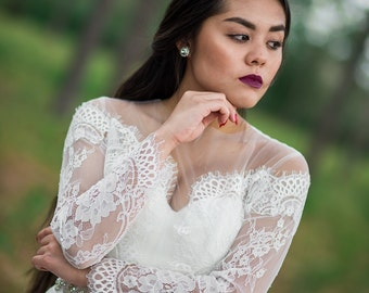 Chantilly Lace Bolero, French Lace Bolero, Wedding Dress Boleros and Shrugs, Wedding Bolero, Bridal Bolero Lace, Bridal Bolero. #B02
