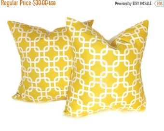 15% Off Sale Yellow Pillow. 16x16 inch Pillow. Yellow and White Pillow.Decorative Pillow Covers. Throw Pillow Covers. Yellow.Printed fabric