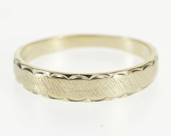 14k Scalloped Textured Pattern Graduated Band Ring Gold