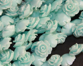10 pcs of Acrylic flower bead 10mm - Light Green color