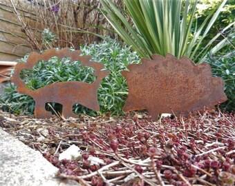 Rusty Metal Hedgehog Garden Gift / Metal Hedgehog Ornament / Hedgehog Garden Decor / Metal Garden Art / Hedgehog gift / Garden Sculpture