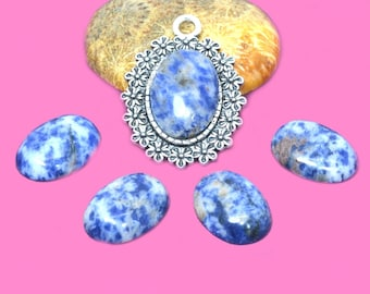 cabochon 13x18mm blue Sodalite