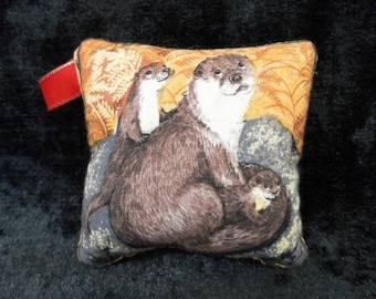 Pin cushion - mother otter and her little ones (ref no 160)