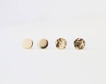 Simple Round Studs // Gold filled Circle Stud Earrings / Everyday comfortable Studs / Gold round Earrings / Simple earrings / Gifts for her