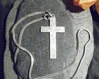 Vintage Sterling Silver Cross/Crucifix Floral Engraved Hallmarked with Sterling Silver Chain 1975