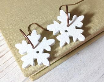 Snowflake Earrings, Funky Wooden Sewing Button Earrings for Christmas, Winter Wonderland Fun Earrings, KreatedByKelly (DE2)