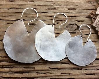 Brushed cut out disc earrings,geometric earrings,brushed finish earrings,disc earrings,circle earrings,brushed aluminum earrings,rustic,boho