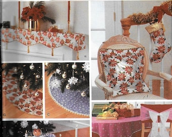 Simplicity 5412 Christmas Decoration Sewing Pattern Tree Skirt Stocking Ornaments Pillow Mantle Cover