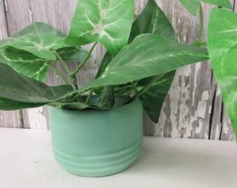 vintage flower pot, abt two inch tall, 40's green pottery, farm house decor, vintage kitchenware, retro kitchen decor, collectible pottery