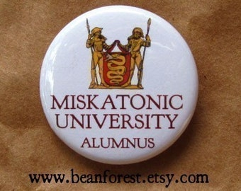 Miskatonic University Alumnus (HP Lovecraft, Cthulhu) - pinback button badge