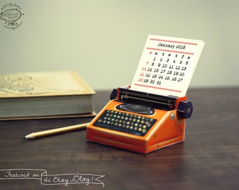 2018 & 2017 DIY Printable Paper Desk Calendar Papercraft | Realistic Orange Miniature Typewriter | A4 template pdf | Instant download gift