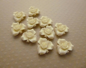Set of 10 flowers ivory resin 16 mm - en-1297