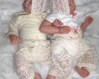Baby photo prop, lace set.