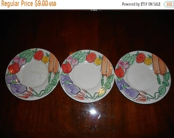 Vintage set of 3 Farberware Stoneware Pottery Vegetable Plates Retro Kitsch Kitchen wall decor