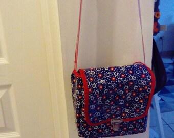 Small floral shoulder bag