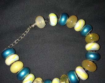 Turquoise and yellow bead bracelet