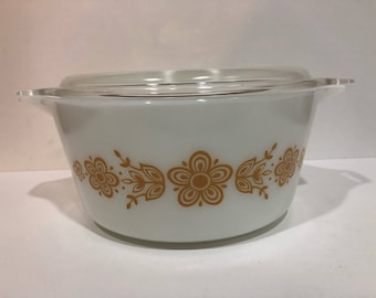 Vintage Pyrex Butterfly Gold 474 Casserole