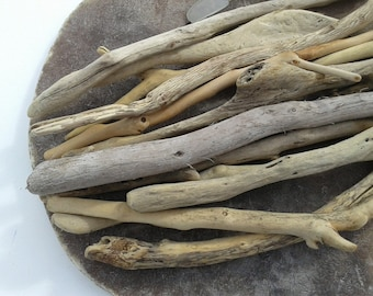 13 pieces 14''- 16''[35-40cm]. Quality driftwood. Driftwood for various crafts and decoration. DIY driftwood.