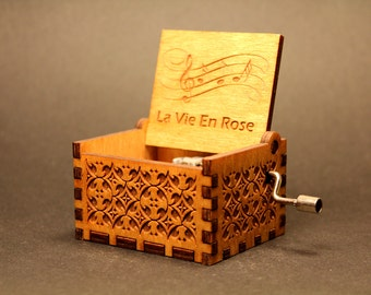 Engraved Handmade Wooden Music Box - La Vie En Rose