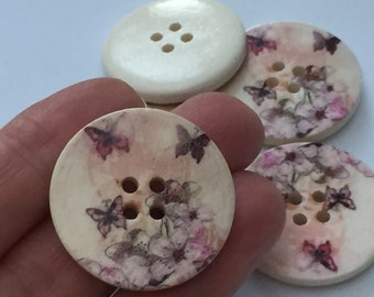 10 Butterfly Wood Buttons - BUT07