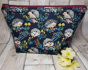 Hedgehog cosmetic bag, gift for her, nature, knitting bag, toiletry bag, pencil case, cute make-up bag, handmade, floral, designer, cotton