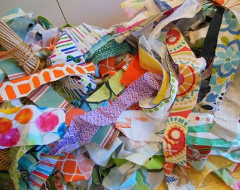 Assorted Fabric Scraps - Art Projects - 1 Pound Bag - Mixed Fabric Scraps - Grab Bag - Patchwork Scraps - Collage Art Work - Elementary Art