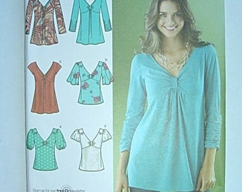 Misses Tops Simplicity sewing pattern New Uncut 6 8 10 12 14, blouse pattern, woman tunic top pattern