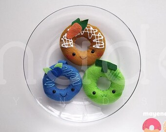 Mini donut en peluche porte-clé, melon ou myrtille ou carotte gâteau (kawaii en peluche feutre alimentaire anneau porte-clé)