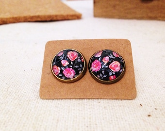 Little Roses - Stud Earrings with 12mm cabochons