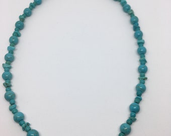 Turquoise Chip and Bead Necklace